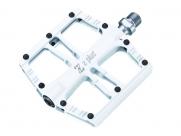 Педали Z plus z-1108, dh/bmx/fix-gear. Материал: алюминий, cnc-обработка, ось cr-mo, сменные стальные пины, промподшипники. Размер: 100х100х18мм. Вес: 330г. Цвет: белый