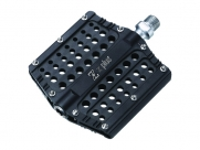 Педали Z plus z-1106, dh/bmx/fix-gear. материал: алюминий, cnc-обработка, ось cr-mo, сменные пины, промподшипники. размер: 100х100х18мм. вес: 386г. цвет: чёрный